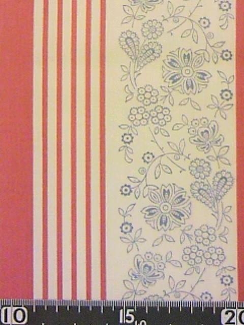 花と赤い縞柄の布地