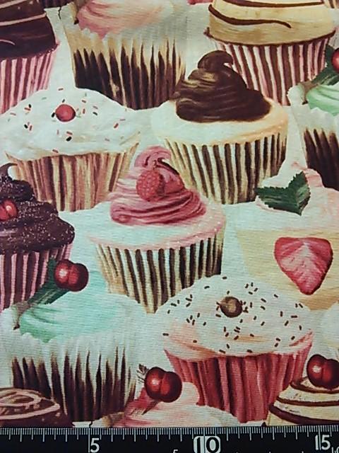 カップケーキ柄の布地